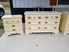 I was lucky enough to be able to redo a set for a client so that she could hand it down to her son. Originally it was hers as she grew up and it had aged and turned yellow over time. Deciding on a new look Since the set was still in great condition..we really just had to figure out what colors would work best in her son's room. She decided on a neutral gray paint and a wood-grained top. Clean I first started by taking all of the hardware off, and then giving it a good scrub down…