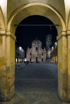 Piazza San Prospero - Reggio Emilia, Italia - 8 Maggio 2012   par Giorgio Galeotti