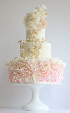 Wedding Cakes maggie austin cakes More - Browse the most creative and pretty wedding cake photos and designs for a sweet and unique dessert table come your big day. Pretty Wedding Cakes, Wedding Cake Photos, Amazing Wedding Cakes, Wedding Cake Designs, Pretty Cakes, Cake Wedding, Amazing Cakes, Wedding Pics, Wedding Things