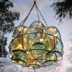 Barattoli di vetro per creare un lampadario