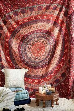 Magical Thinking Menagerie Medallion Tapestry - Urban Outfitters