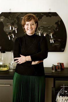 Société 3: Au boulot: Isabelle Michaud - Frawsy