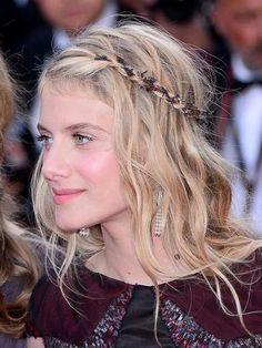 Coiffure du jour #Cannes 2014 : la tresse hippy chic de Mélanie Laurent