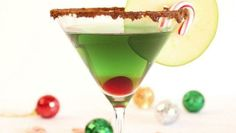 Cinnamon Caramel Apple Martini