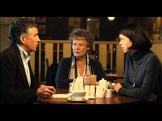 ▶ Philomena, Official Trailer - Pathé - YouTube