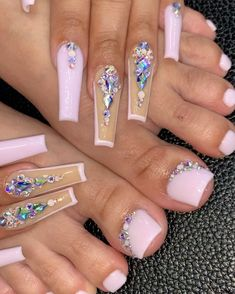 Acrylic Nails Coffin Short, Square Acrylic Nails, Best Acrylic Nails, Bling Nails, Swag Nails, Glow Nails, Nails Design With Rhinestones, Glamour Nails, Exotic Nails