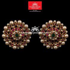 Indian Jewelry Earrings, Buy Earrings, Jewelry Design Earrings, Gold Earrings Designs, Gold Jewellery Design, Earrings Online, Antique Earrings, Gold Jewelry, Gold Bracelets