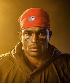 Gallery: Outtakes from Julio Jones's SI cover shoot Si Cover, Falcons Football, Julio Jones, Atlanta Falcons, National Football League, Alabama Crimson Tide, Sports Illustrated, Champs, Nfl