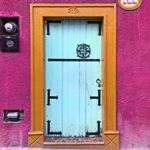 """35 Likes, 6 Comments - Doors, not walls 💜 (@puertasnoparedes) on Instagram: """"Where flowers bloom, so does hope. #puertasnoparedes #doorsnotwalls"""""""