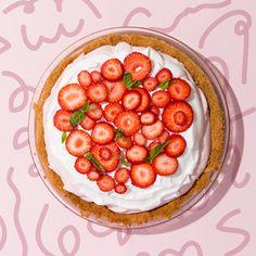 Kale & Caramel's Roasted Strawberry & Basil Cream Pie – Wit & Vinegar