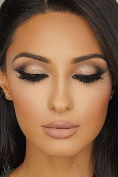 Nude makeup with glitter and matte lips - LadyStyle