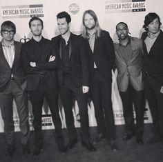 Maroon 5... Mickey, Jesse, Adam, James, PJ, & Matt