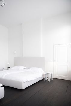 Minimal bedroom | Ollie & Sebs Haus