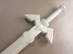 How to Make Link's Master Sword [Part Zelda Link Cosplay, Cosplay Diy, Woodworking For Kids, Woodworking Projects, Zelda Sword, Master Sword, Cosplay Weapons, Cosplay Tutorial, Costume Tutorial