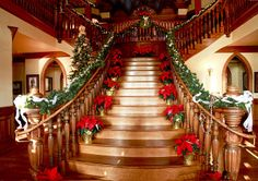 Christmas Staircase Decorations | photo