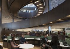 Image 37 of 38 from gallery of Foster + Partners' Bloomberg HQ Wins 2018 RIBA Stirling Prize for the UK's Best New Building. Norman Foster, Bank Interior Design, Interior Ideas, Interior Staircase, Foster Partners, Office Furniture Design, Built Environment, Stirling, Commercial Interiors