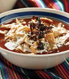 Aprende a preparar este exquisito platillo de Michoacán. Mexican Kitchens, Mexican Dishes, Mexican Food Recipes, Kitchen Recipes, Soup Recipes, Cooking Recipes, Healthy Recipes, Coliflower Recipes, Mexican Cuisine