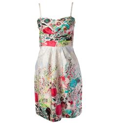 Sweetheart neckline bandeau dress with all over floral print, side pockets, pleated bust and adjustable, removable straps