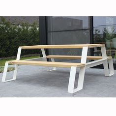Fuse Picknicktafel - VONK https://www.livingdesign.be/nl/assortiment/vonk