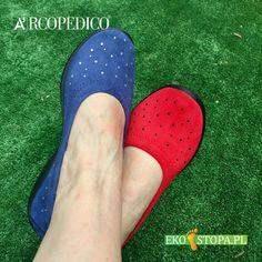 Bardzo wygodne buty damskie Arcopedico z wymienną wkładką w różnych kolorach ozdobione drobnymi cyrkoniami. Crocs, Sandals, Fashion, Moda, Shoes Sandals, Fashion Styles, Fashion Illustrations, Sandal