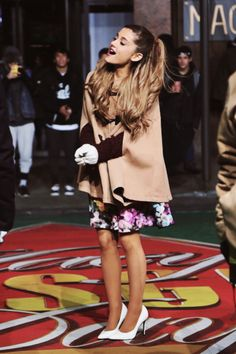 More of needing these shoes. (Ariana Grande in Saint Laurent Paris Pumps - White)