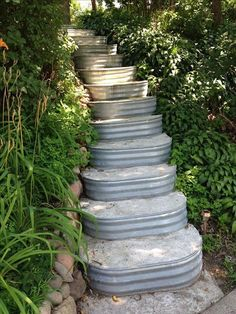 Awesome 80 Brilliant DIY Vintage and Rustic Garden Decor Ideas on A Budget You N. - Awesome 80 Brilliant DIY Vintage and Rustic Garden Decor Ideas on A Budget You N… - Rustic Garden Decor, Vintage Garden Decor, Vintage Gardening, Diy Garden, Rustic Gardens, Garden Projects, Outdoor Gardens, Upcycled Garden, Garden Decorations