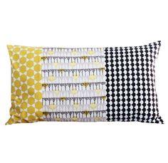 Housse de coussin 50 x30 cm patchwork tissus motifs géométriques jaunes, gris et noirs déco vintage : Textiles et tapis par zig-et-zag