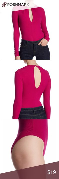 🆕 TOPSHOP Bodysuit PLEASE FORGIVE SPLIT PHOTOS. POSHMARK UPDATES WONT ALLOW MY APPLE PRODUCTS TO CROP. Crew neck, long sleeves, back keyhole with tie closure, front keyhole, snap button gusset, rib knit construction. Machine wash. 92% viscose, 8% Lycra. Magenta color. Topshop Tops