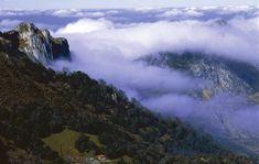 Ruta en coche 'Mar y montaña, binomio perfecto' #Vegadeo #SanTirsodeAbres #PlayadeBarayo #Luarca #Navelgas #Cudillero #Pravia #Salas #Oviedo #Riosa #LaVega #Riofabar #Ribadesella #Alles #ruta #route  #Asturias #ParaísoNatural #NaturalParadise #Spain