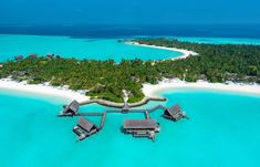 One & Only Reethi Rah, Maldivas Maldives Resort, Resort Spa, M4 Airsoft, Times Square, Water Villa, Beach Villa, Amazing Destinations, Hotel Reviews, One And Only