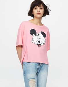 Camiseta crop Mickey Mouse - Camisetas - Ropa - Mujer - PULL&BEAR $399