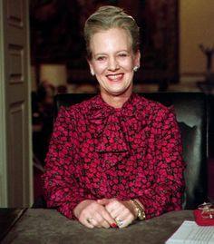 501f18466d15 Danish Queen Margrethe s 1996 New Year Speech Corona Di Principessa Mary