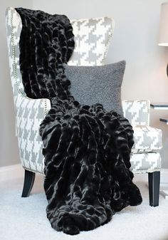 InStyle Decor.com | Hollywood | Over 5,000 Inspirations Now Online, Luxury  Furniture, Mirrors, ...