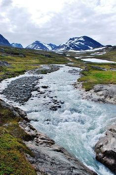 A spring meltwater river and the Kebnekaise Massif in the background as seen from the Kungsleden trail between Abisko National Park and Nikkaluokta Landscape Photos, Landscape Photography, Beautiful World, Beautiful Places, Countries Of The World, Countries Europe, Sweden Travel, Lappland, Nature Pictures