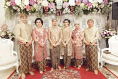 Check out Deny's collections of inspiration ideas to discover the perfect wedding theme for your wedding day. Javanese Wedding, Indonesian Wedding, Perfect Wedding, Dream Wedding, Wedding Day, Wedding Stuff, Kebaya Brokat, Akad Nikah, Wedding Hijab
