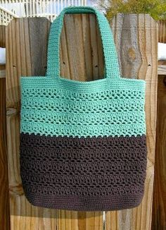 Free lacy v market bag pattern Crochet purses and handbags or Crochet handbags sale then Visit the website click the bar for extra details _ from pinner: Great market bag. I have made several of these in solids and different combinations of stripes. Crochet Market Bag, Crochet Diy, Crochet Handbags, Crochet Purses, Knit Or Crochet, Crochet Crafts, Crochet Projects, Crochet Bags, Crochet Baskets