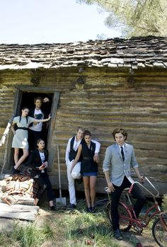 Twilight cast in 2008 Teen Vogue photoshoot