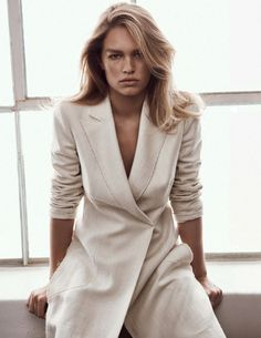 Anna Ewers deslumbra na Vogue Uk maio 2016 – Fragmentos de Moda