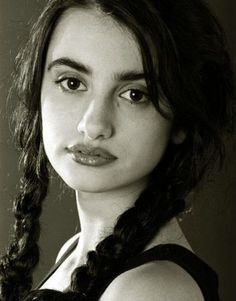 Young Penelope Cruz... Wow, she has always been very beautiful!