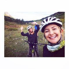 Too Cute!: Kate Hudson Shares a Fun Photo of Herself With Lookalike Mom Goldie Hawn