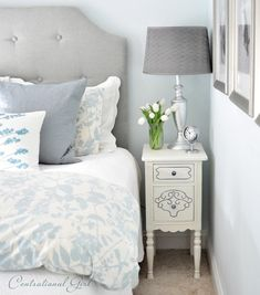 love how she ties together the blue, white and gray