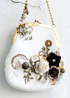 Steampunk purse by Anna Dabrowska altered-projects