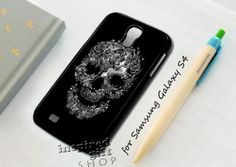 #floral #skull #cute #black #iPhone4Case #iPhone5Case #SamsungGalaxyS3Case #SamsungGalaxyS4Case #CellPhone #Accessories #Custom #Gift #HardPlastic #HardCase #Case #Protector #Cover #Apple #Samsung #Logo #Rubber #Cases #CoverCase