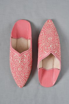 Ladies Moroccan leather slippers: coral 3rd wedding anniversary (Leather) traditional gift. For more ideas see paperrosie.co.uk