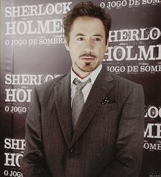 "Robert Downey Jr. at the ""Sherlock Holmes: A Game of Shadows"" Brazil premiere."