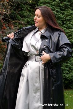 Visit the post for more. Mackintosh Raincoat, Black Raincoat, Rubber Raincoats, Plastic Raincoat, Heavy Rubber, Rain Wear, Womens Fashion, How To Wear, Plastic Mac