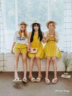 Marishe Korean Fashion Similar Look I Pin By Aki Warinda Dearzuffy Fashion Fashion Couple, I Love Fashion, Girl Fashion, Korea Fashion, Asian Fashion, Girl Outfits, Cute Outfits, Summer Outfits, Yellow Fashion