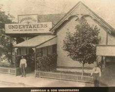 Mortician Journal - OLD PHOTOGRAPHS OF AFRICAN AMERICANS