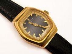 Armbanduhr+JUNGHANS+70er+Vintage+Uhr+geometrisch+von+Mont+Klamott+-+seltene+Vintage+Einzelstücke:+Liebzuhabendes,+Verspieltes,+Tickendes,+Klunkerndes,+Zauberhaftes,+Antikes,+Kurioses,+Schmuck+&+Uhren++auf+DaWanda.com