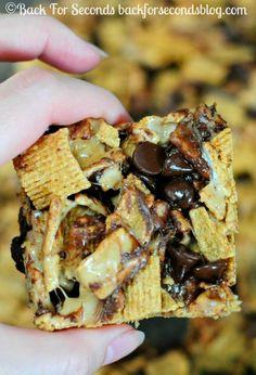 NO BAKE Peanut Butter Smores Bars @Back For Seconds http://backforsecondsblog.com #dessert #nobake #smores
